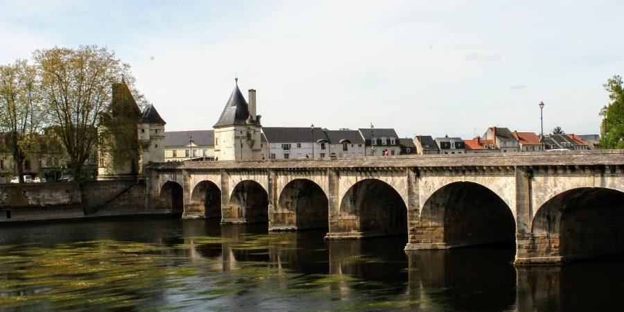 Pont Henri IV Châtellerault - En moins de deux